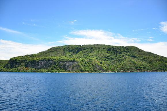 Verde Island. Photo by Dastreetfilmer / CC